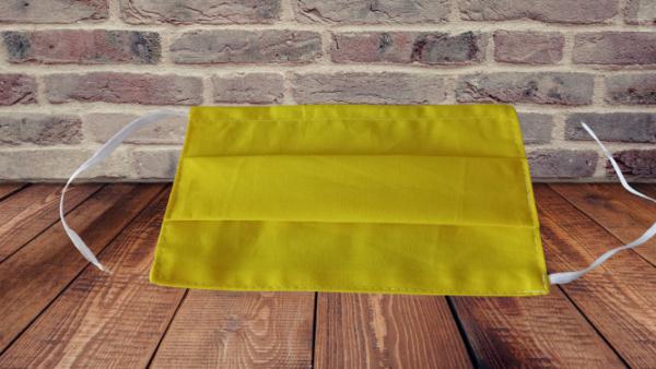 Máscara em tecido 100% algodão, amarela, reutilizável